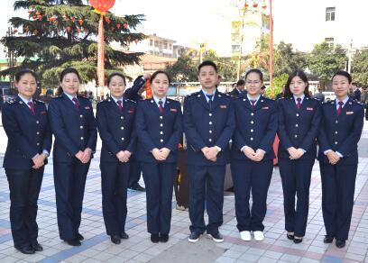 陕西省兴平市地税局、国税局、财政局举办税收宣传活动