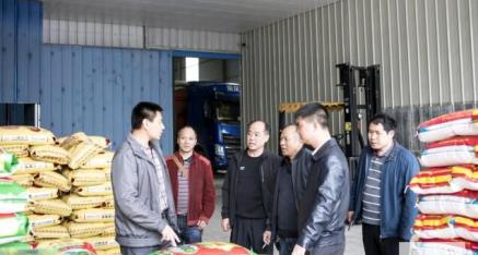桂林市发改委粮食应急体系建设调查组来全州县检查调研